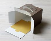 クリオロ・ビタ―にピッタリお似合いのかわいい紙トレー