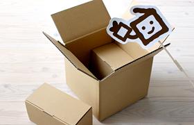 ロールケーキ箱とケーキ箱宅配・輸送箱ダンボールとのコラボ画像01